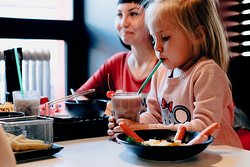 В нашем меню найдутся блюда для каждого гостя. Даже для самого маленького.
