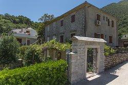 Djurovic Apartments Montenegro Entrance