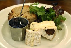 Truffle camembert with cherry preserves