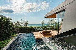 Beachside Seaview Pool Villa - Outdoor Pool