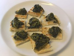 Friarielli vegetables offered test on little grilled bread.