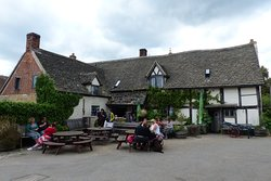 The Fleece has a pleasant yard and orchard area in addition to its wonderfully rustic interior.