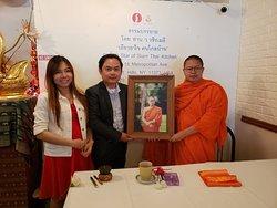 Most Venerable V.Vajiramedi, UNHCR PATRON, giving Dhamma Talk at Star of Siam Thai Kitchen.