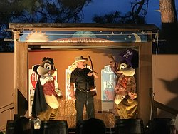 Chip 'n' Dale's Campfire Sing-A-Long
