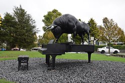 "Outside sculpture ""Chapman's Homer"" by Michael Parekowhai"