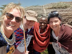 Besuch in einem Massai Dorf