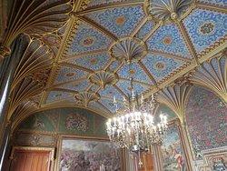 Amazing ceiling decor at Eastnor Castle - Ledbury (09/Sep/18).