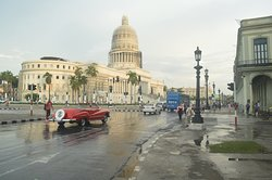 Just a beautiful morning in Havana for a great picture!!!.