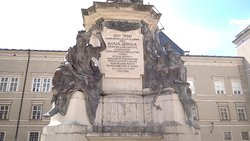 Marien Statue