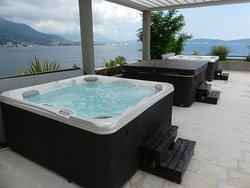 Roof top spa area