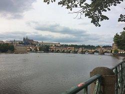 Карлов мост