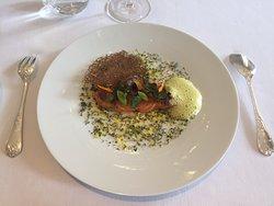 Un merveilleux moment autour du menu entre vigne & terroir
