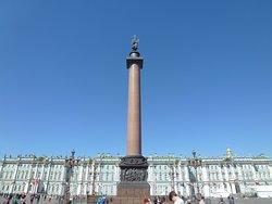 Центр Дворцовой площади