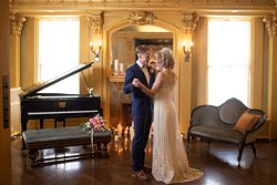 Southeast parlor; Beth Waterman Photography