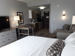 "Well appointed Studio Suite with 55"" Smart TV!"