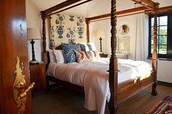 Rhodes Cottage Bedroom