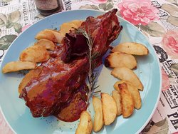 Costillitas de Cerdo al horno en salsa BBQ de la casa
