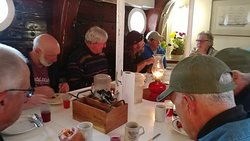 Breakfast in the dining room of the Victory Chimes.