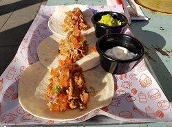 ¿Todavía no has probado nuestros Tacos de pulled pork y pico de gallo?😊😋😍 ¡Están de infarto! 😎