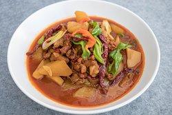 "新疆沙湾大盘鸡 Xinjiang Shawan ""Big plate chicken""with potato"