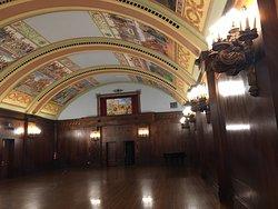 密西根湖畔的百年的歷史老大飯店