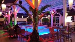 Restaurant piscine Événementiels