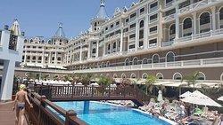 Hydra Pasha Palace