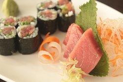 Bluefin Tuna Chutoro(Tuna belly) Roll & Sashimi