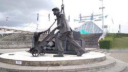 The Dockers Sculpture