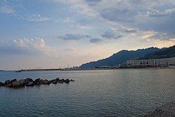 酒店外面的海濱