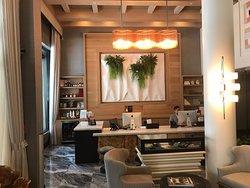 Stylish, colourful boutique hotel near Union Sq and Chinatown