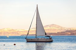 Off The Hook Sailing Cruises Santorini