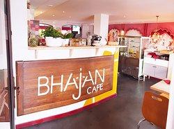 Bienvenue au Bhajan Cafe