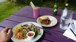 Super quinoa burger and salad