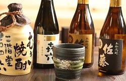 焼酎がお好きな方が集まれるように、様々な種類をご用意させて頂いております。