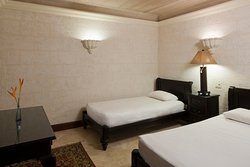 Two Bedroom Deluxe Suite with Garden Pool Second Bedroom, Residences in the Park