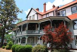 Hiddenite Arts & Heritage Center's Lucas Mansion Museum