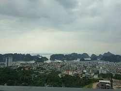 Awesome Hotel with Awesome View But Weak Management.