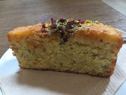 Lemon and Courgette Cake