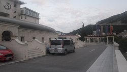 Van taxi from airports Podgorica and Tivat to Budva Hotel Splendid Conference and Spa Resort
