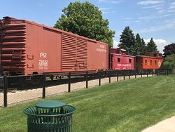 Pere Marquette Box Car #72222 (with two cabooses behind, one connected and the Grand Trunk RR caboose not coupled)