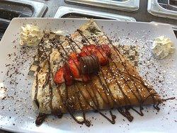 strawberry and cream crepe