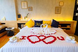 Special decoration for Honeymooners
