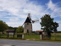 ‪Moulin de Vensac‬