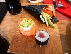 Sushi variado en Matuya