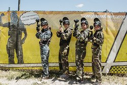 Photocall Paintball chicas