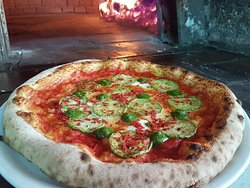 Pizza con zucchine