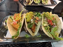 Great burgers and good fish tacos