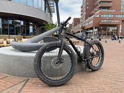 Specialized Fatboy for cruising the dunes and the beachline