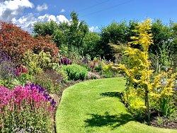 Holme for Gardens